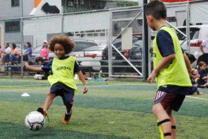 Disfrutar a través del fútbol en TREBOL FC